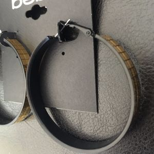 bebe Mirrored Hoops Gold on Black +